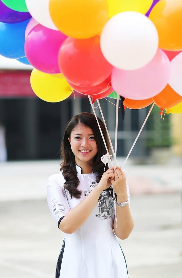 Nữ thủ khoa xinh đẹp trường ĐH Mỹ thuật công nghiệp năm 2016 Phạm Quỳnh Anh