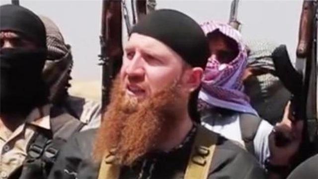 Tên phiến quân râu đỏ khét tiếng Omar Shishani (Ảnh: Youtube)