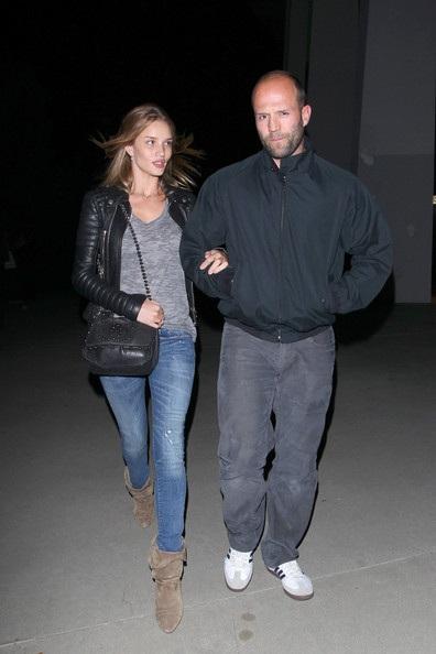 """""""Người vận chuyển"""" và bạn gái siêu mẫu: Cặp đôi hoàn hảo - 19"""