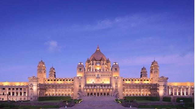 Khách sạn lâu đài xa hoa bậc nhất thế giới - 1