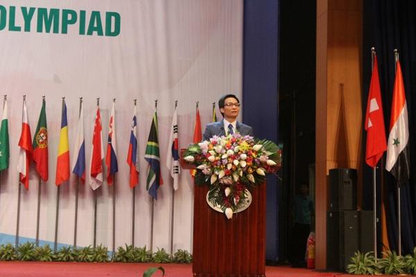 Phó Thủ tướng Vũ Đức Đam phát biểu tại lễ bế mạc IBO 2016.