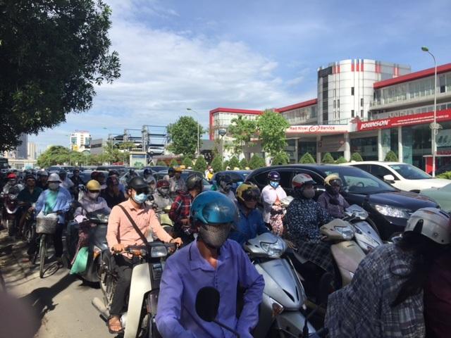 Hà Nội: Nghẽn nặng ở các tuyến đường phía Tây Nam - 5