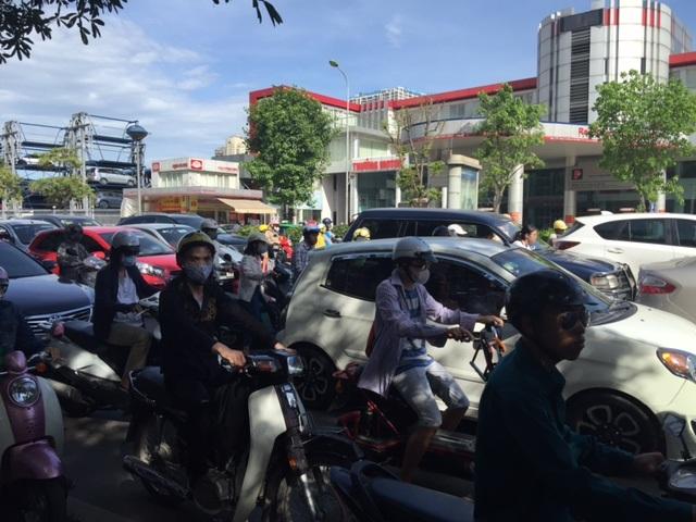Hà Nội: Nghẽn nặng ở các tuyến đường phía Tây Nam - 6