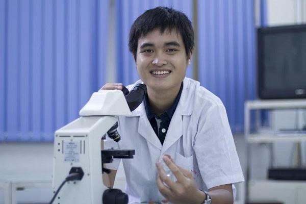 Phạm Thanh Tùng nhận 2 học bổng thạc sĩ ĐH Y danh giá nước Mỹ.