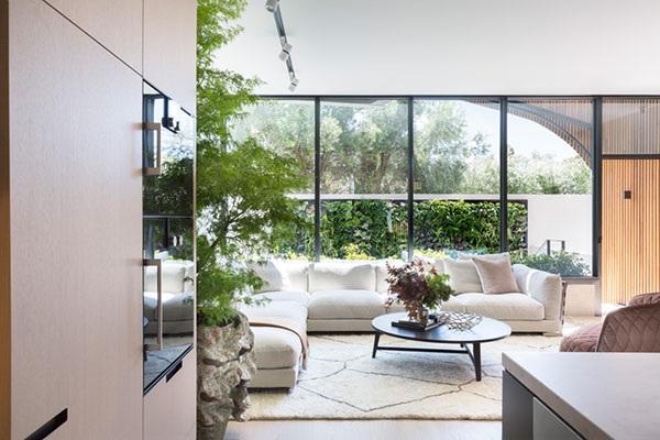 Không gian xanh trong ngôi nhà giúp cuộc sống trở nên nhẹ nhõm và thư giãn hơn.