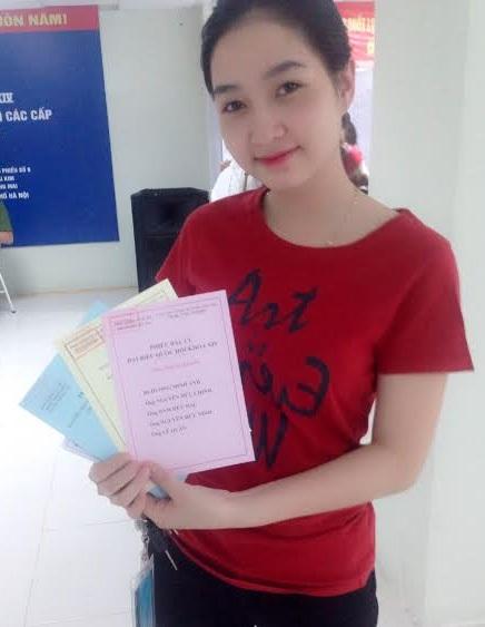 """""""Bỏ phiếu bầu cử là vinh dự, phát huy quyền làm chủ của tuổi trẻ Việt Nam"""" - 4"""