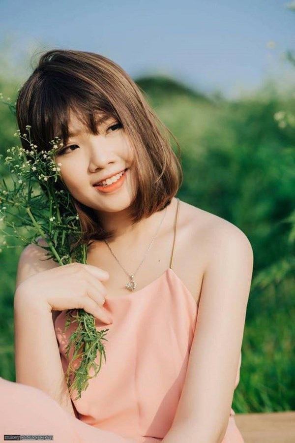 Dương Thu Trang sở hữu gương mặt xinh xắn và chiều cao ấn tượng.