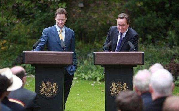 Những hình ảnh đời thường giản dị của Cựu Thủ tướng Anh David Cameron - 10