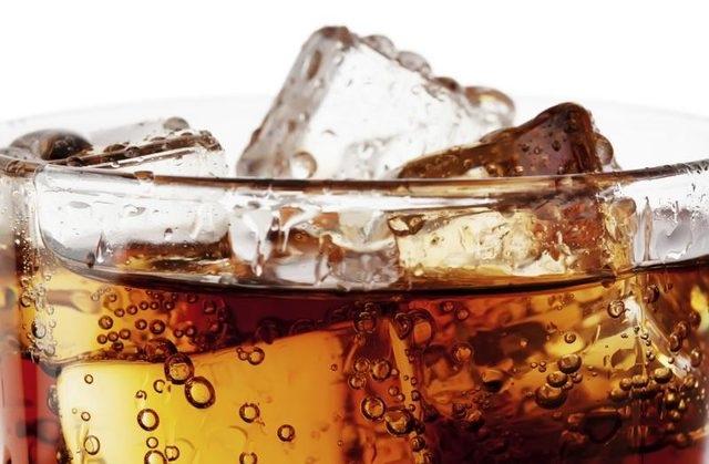 """Mặc dù ít calo, nhưng soda """"ăn kiêng"""" vẫn không phải là một ý tưởng tốt."""
