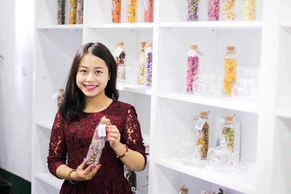 Cô chủ nhỏ Mỹ Linh mong muốn đưa trà hoa trở thành văn hoá thưởng trà mới tại Việt Nam