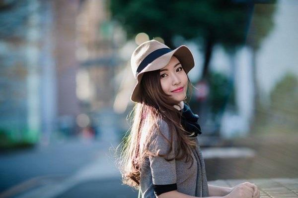 Nữ DHS Việt xinh đẹp Trịnh Thị Hoài.
