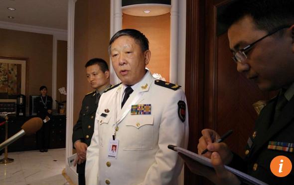 Vụ trưởng Vụ Đối ngoại thuộc Bộ Quốc phòng Trung Quốc, Chuẩn Đô đốc Quan Hữu Phi, chủ trì. Ông Quan Hữu Phi trả lời phỏng vấn bên lề Đối thoại Shangri-La.(Ảnh: SCMP)