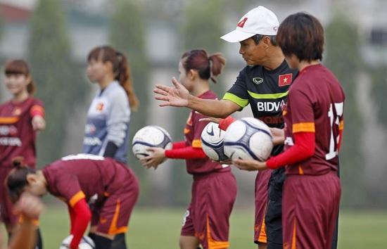 Người hâm mộ chờ đợi bất ngờ từ đội tuyển nữ Việt Nam