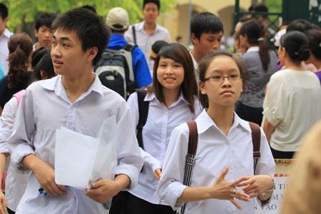 Trường THPT khoa học giáo dục  tuyển sinh bằng hình thức trắc nghiệm - 1