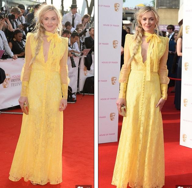 Fearne Cotton kém sang trọng với bộ váy ren vàng