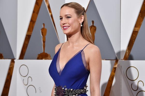 Nữ diễn viên xinh đẹp đã vượt qua Cate Blanchett, Jennifer Lawrence, Charlotte Rampling, Saoirse Ronan để giành tượng vàng Oscar danh giá