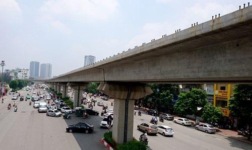 Tuyến đường sắt Cát Linh - Hà Đông (Hà Nội) là bài học lớn về vốn ưu đãi Trung Quốc. Ảnh: Phạm Thanh.