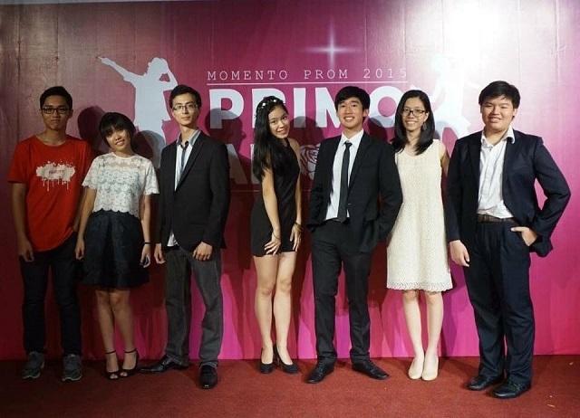 Chàng trai Việt này (thứ 3 từ trái sang) dự định sẽ theo đuổi ngành khoa học máy tính, đặc biệt chuyên sâu về trí tuệ nhân tạo.