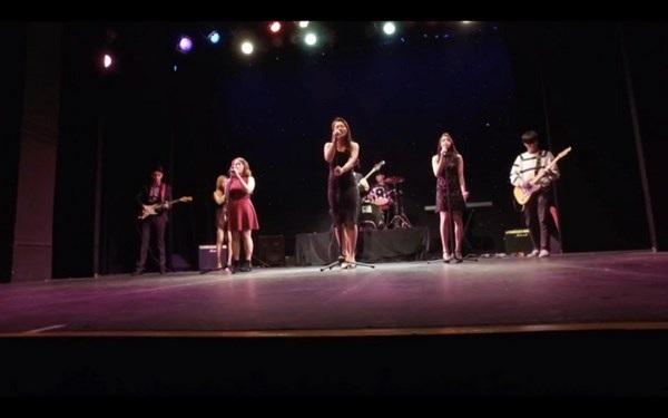 Bạn trẻ Việt tại Anh tự tin thể hiện tài năng, quảng bá văn hóa Việt - 6