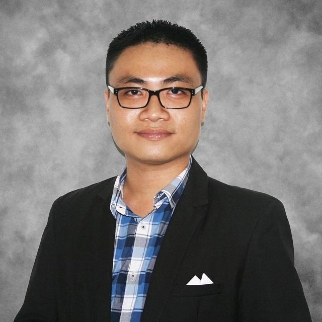 Tốt nghiệp ĐH Bách Khoa TP Hồ Chí Minh, Khương trở thành kỹ sư nghiên cứu phát triển giải pháp năng lượng xanh trước khi giành học bổng du học Mỹ.
