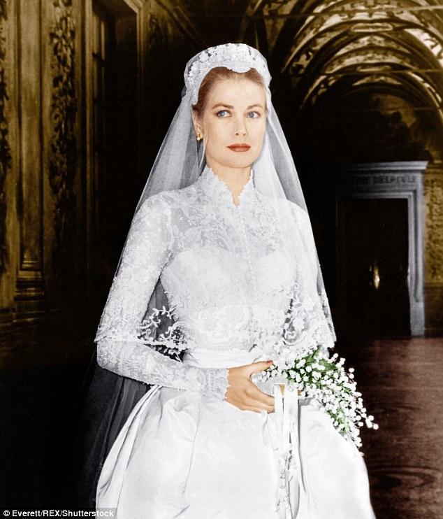 Grace Kelly và bộ váy cưới đi vào huyền thoại do Helen Rose thiết kế