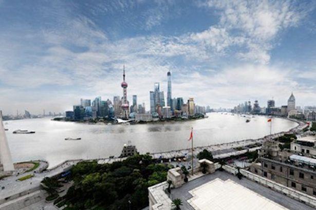 Tấm ảnh panorama chụp quang cảnh thành phố Thượng Hải.
