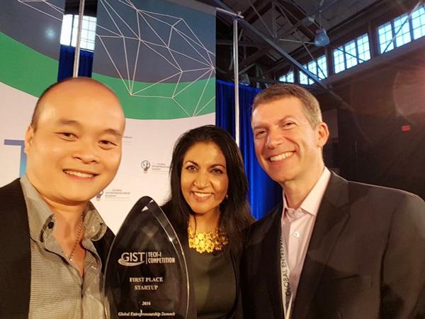 Xuân Hoàng với phần mềm Monkey Junior đã giành giải Nhất tại cuộc thi Sáng kiến toàn cầu GIST Tech-I 2016