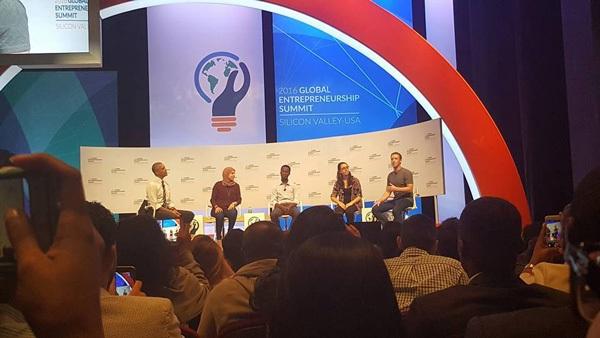 Cuộc thi còn có sự hiện diện của Tổng thống Mỹ Barack Obama và CEO Facebook Mark Zuckerberg.
