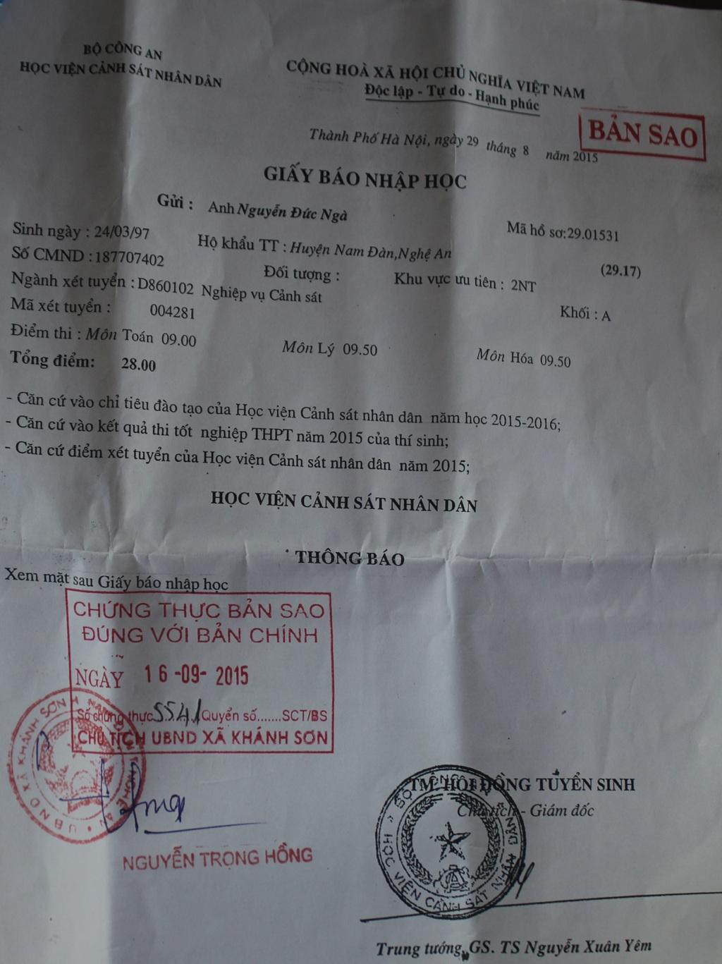 Giấy báo nhập học của Nguyễn Đức Ngà vào Học viện Cảnh sát nhân dân.