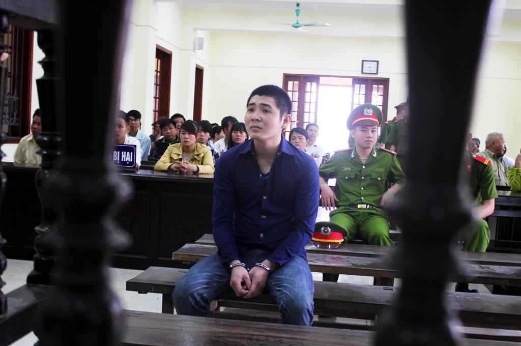 Trần Văn Giang tại phiên tòa.