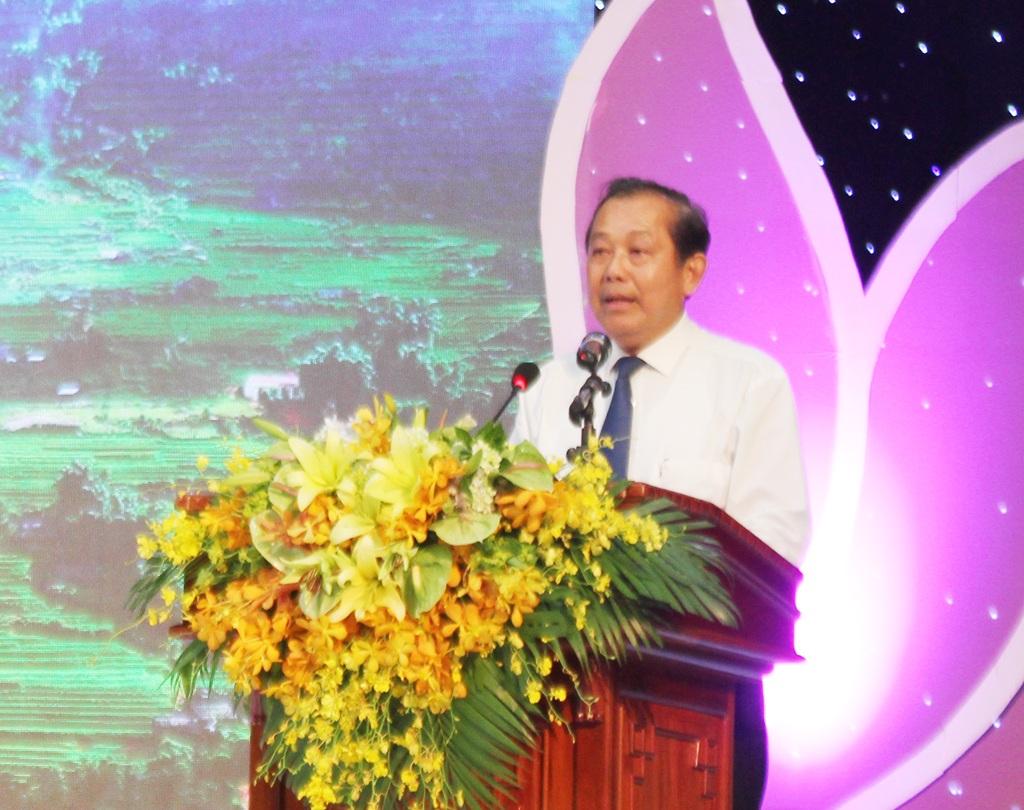 Phó Thủ tướng Chính phủ Trương Hòa Bình phát biểu chỉ đạo tại Hội nghị.