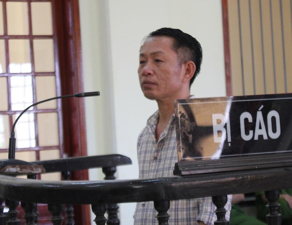 Nguyễn Xuân Linh cho rằng bà Tống Thị Lan cố tình gài bẫy khi gọi điện thông báo lên lấy tiền nợ nhưng lại không chịu trả tiền.