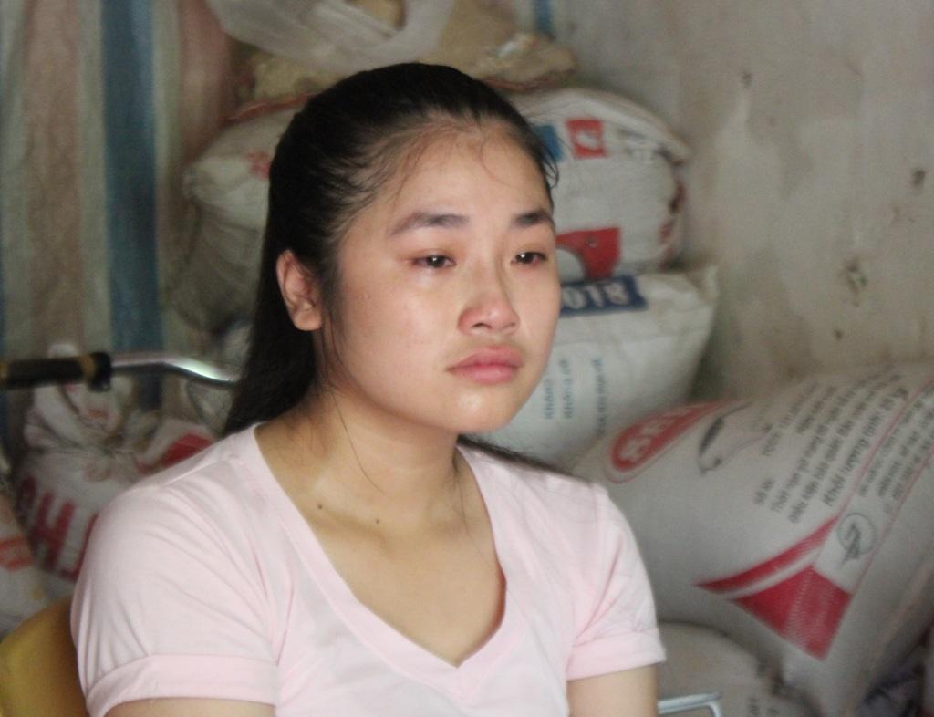 Đạt 24.5 điểm xét tuyển khối C nhưng có khả năng Trang phải lỡ hẹn với giảng đường đại học vì nhà nghèo.