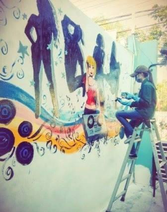 Ngắm tranh vẽ tường độc đáo của Hot girl Đại học Trà Vinh - 2