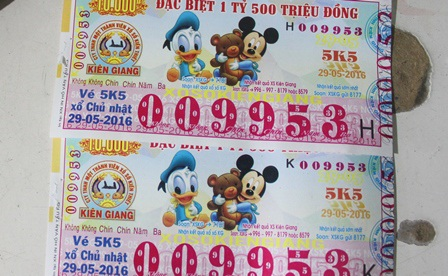 Nhiều người dân tố cáo bà Oanh yểm bùa tờ vé số bàn với giá 450 ngàn đồng (ảnh minh họa)