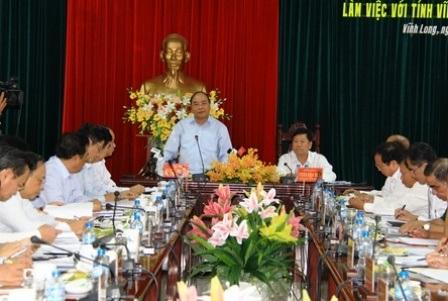 Thủ tướng Nguyễn Xuân Phúc phát biểu chỉ đạo trong buổi làm việc với lãnh đạo tỉnh Vĩnh Long
