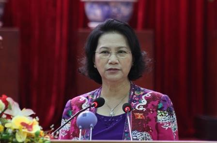 Chủ tịch Quốc hội Nguyễn Thị Kim Ngân phát biểu tại cuộc tiếp xúc cử tri ở Cần Thơ