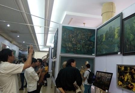 Khai mạc Triển lãm mỹ thuật khu vực Đồng bằng sông Cửu Long - 1