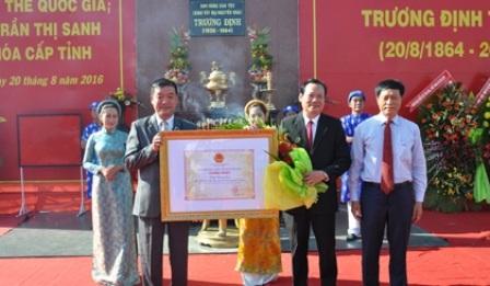 Tỉnh Tiền Giang đón nhận bằng công nhận Lễ hội Trương Định là Di sản văn hóa phi vật thể cấp Quốc gia (ảnh báo Ấp Bắc)