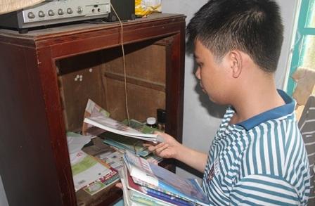 Nhiều lần Tân dự định bỏ học vì nhà quá nghèo khó.