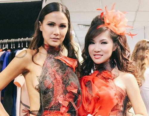"""Ca sĩ gốc Việt Kavie Trần """"đọ dáng"""" siêu mẫu quốc tế tại New York - 5"""