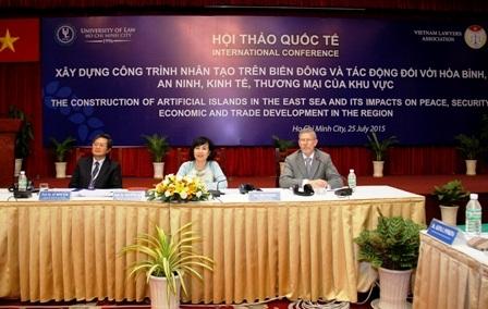 hoi-thao-quoc-te-ve-van-de-xay-dung-cong-trinh-nhan-tao-tren-bien-dong-faaf1