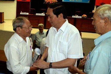 Chủ tịch nước chia sẻ với những trăn trở của cử tri.