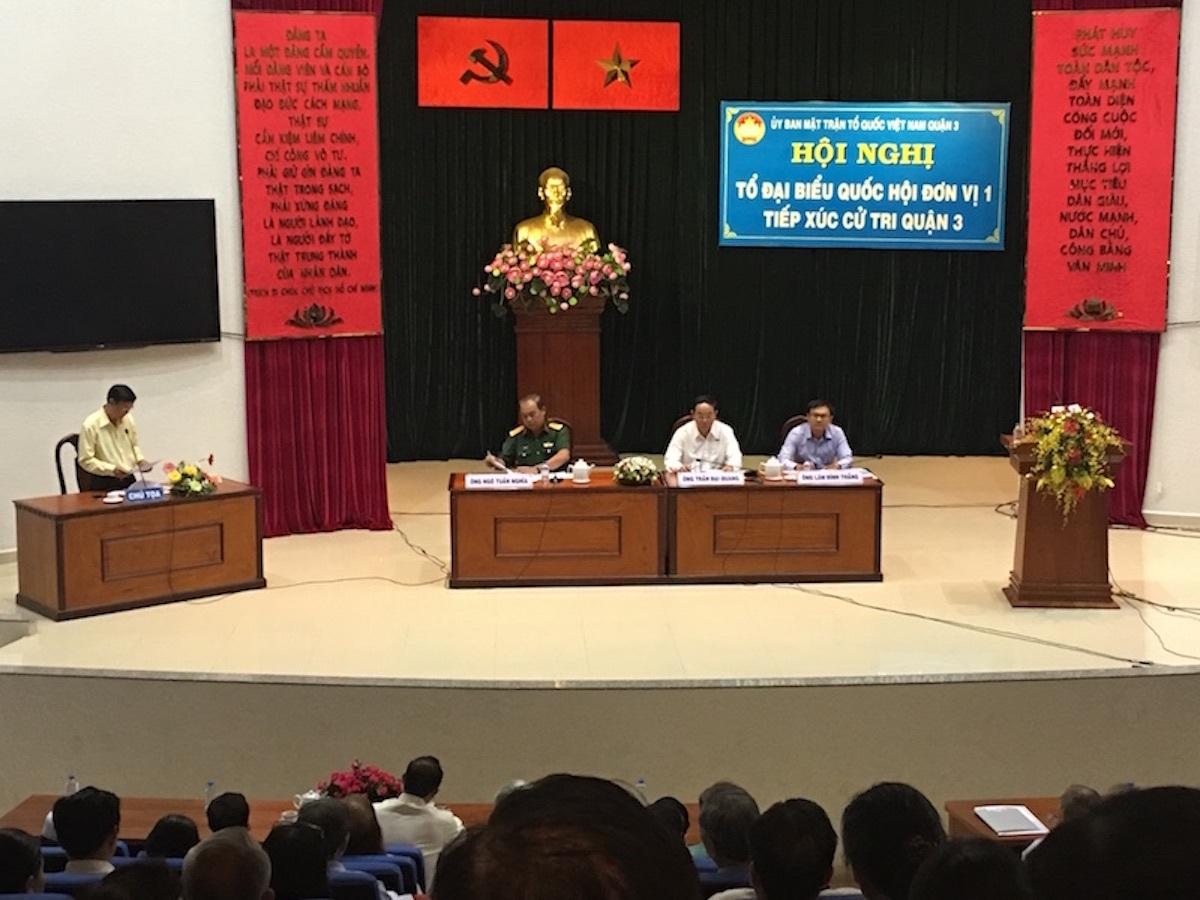 Cử tri TPHCM phản ánh nhiều vấn đề nóng hổi đến Đoàn Đại biểu Quốc hội.