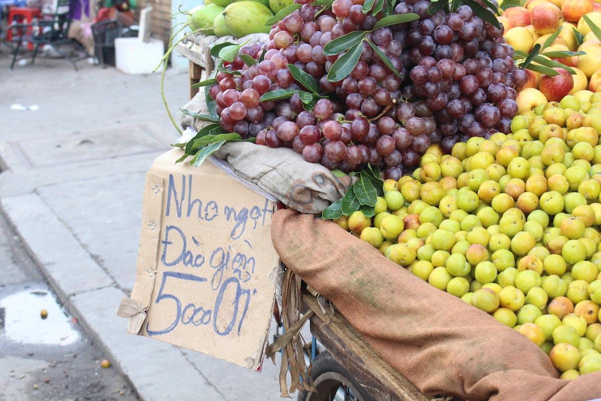 Không ít trái cây nội nhưng lại gắn mác ngoại để... hút khách