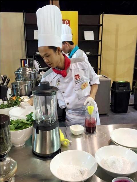 Sự trưởng thành trong nghề nghiệp của đầu bếp đội 33 - Nguyễn Quốc Trường cho thấy nỗ lực không ngừng của thí sinh Chiếc Thìa Vàng