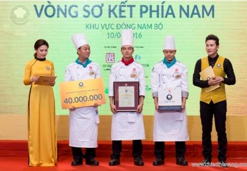Các đầu bếp của Khách sạn Palace Vũng Tàu nhận giải nhất vòng sơ kết cụm Đông Nam Bộ