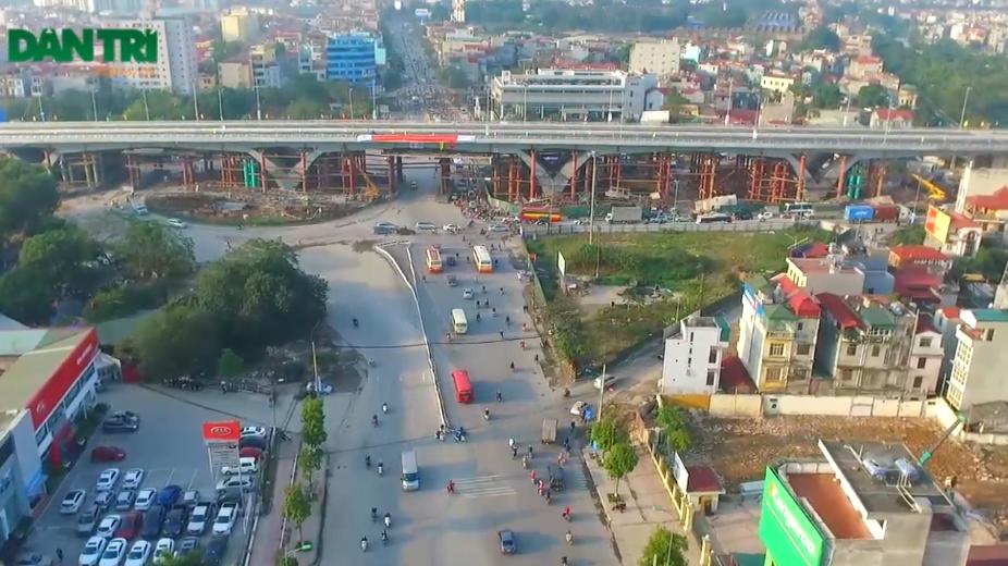 Đây là một trong 13 dự án trọng điểm của thành phố Hà Nội được khởi công ngày 6/5/2014.