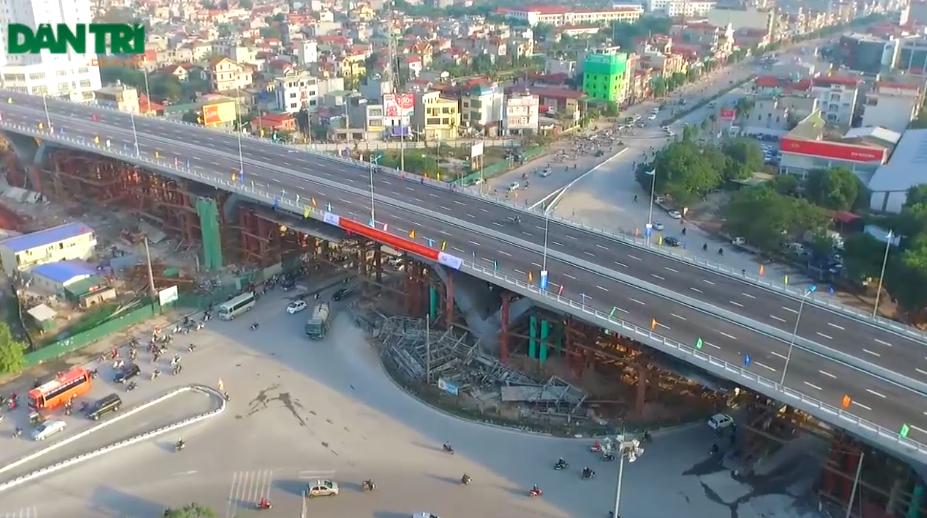 Dự án được thiết kế bao gồm một hạng mục chính là cầu vượt qua vòng xuyến, với 6 làn xe cơ giới theo hướng đường nguyễn Văn Linh – đường 5 kéo dài và hai hầm chui qua cầu đường sắt cho phương tiện giao thông chạy trong nội đô và người đi bộ.