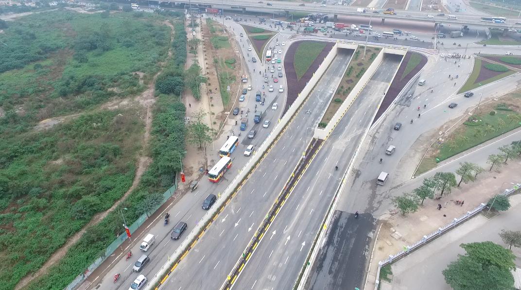 Đây được xem là công trình có yếu tố kỹ thuật phức tạp, vừa thi công vừa đảm bảo giao thông giữa trung tâm thủ đô Hà Nội.
